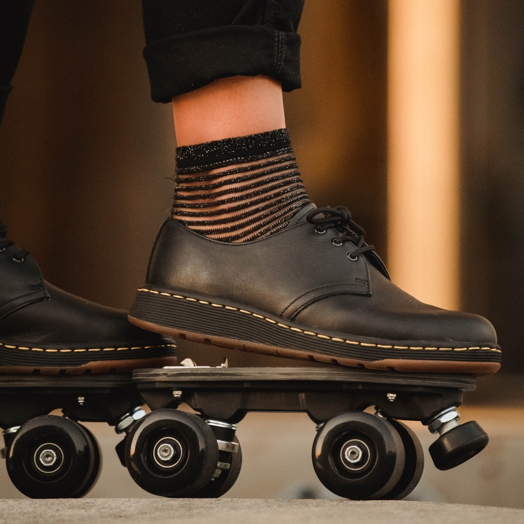 FALL 2020 Skates: Dr Martens Cavendish - personalized Iconic rolling part Photo: @amaury_cibot Model: @mira_rym 