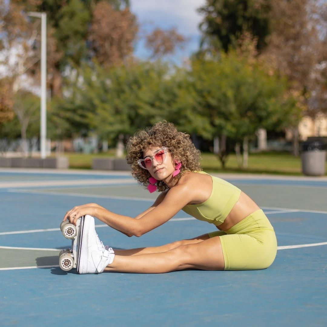 @neonkeon x @flaneurzclique Skates: Nike Air Force 1 / Premium rolling part 