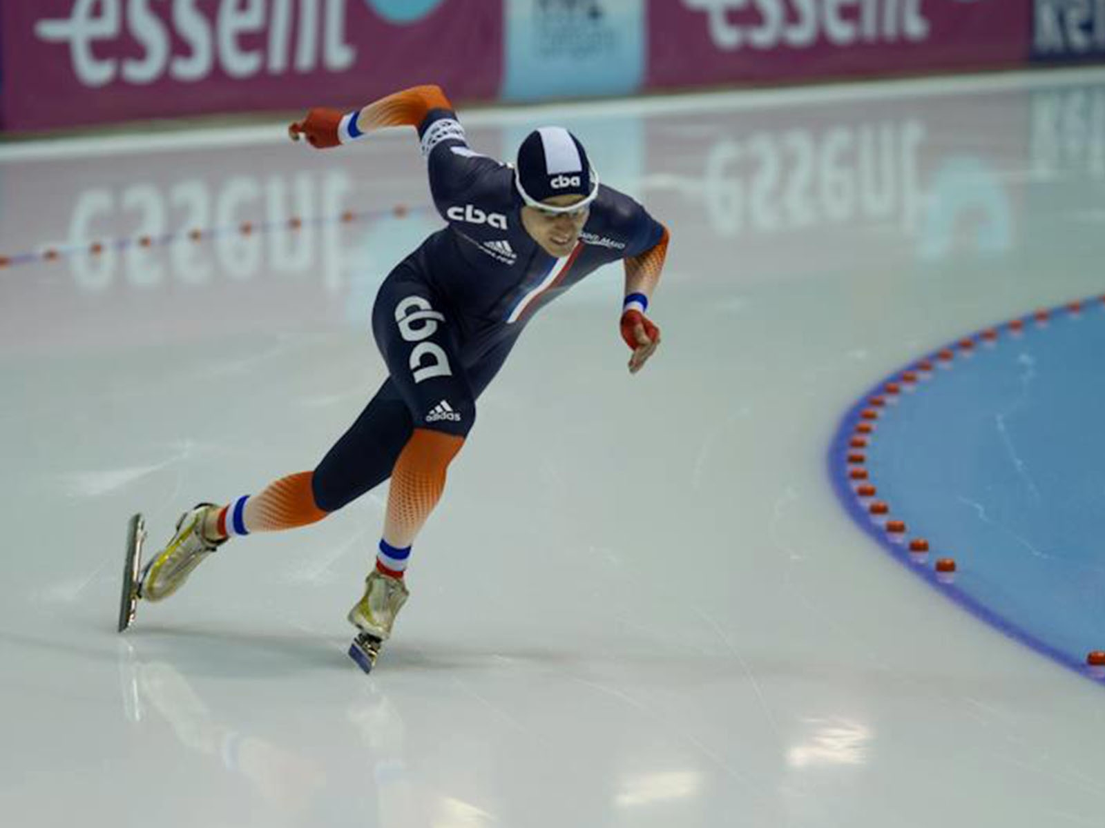 Short track contest with Alexis Contin